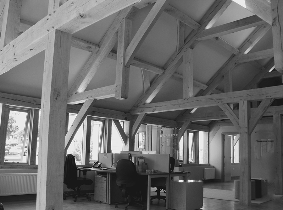 Black-and-White-Oak-Frame-Structure